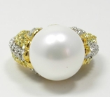Kenneth Jay Lane Ring Pearl Center & Crystal Sides