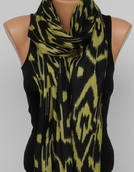 Sir Alistair Rai  Ikat Wrap Scarf Black Bamboo