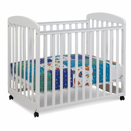 Alpha White Mini Rocking Crib by DaVinci - Click to enlarge