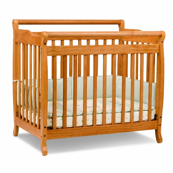 Emily Honey Oak Mini 2 in 1 Convertible Crib by DaVinci - Click to enlarge