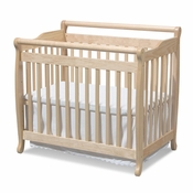 Emily Natural Mini 2 in 1 Convertible Crib by DaVinci