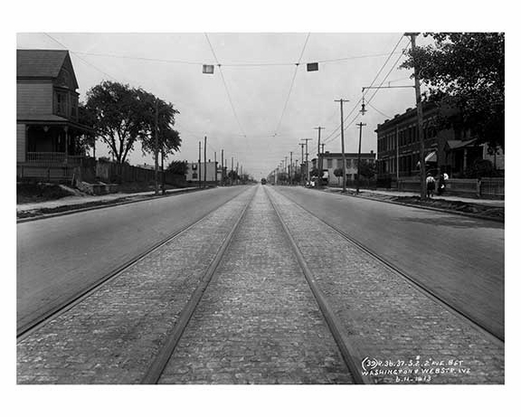 31st Street between 36th & 37th Ave  - Astoria - Queens, NY 1913