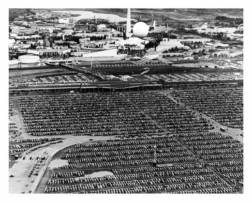 Auto Jam at Worlds Fair 1939 - Flushing - Queens - NYC