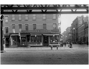 """Bauer & Doctor"" Bowery - east side - Stanton  Street 1915"