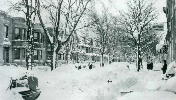 Blizzard of December 1947 on 76th Street between 5th and 6th Avenues