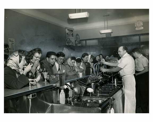 Diner / Candyshop 1948 - Flushing - Queens NY