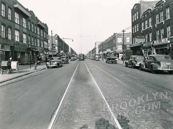 Fifth Avenue, northeast to 80th Street, 1945
