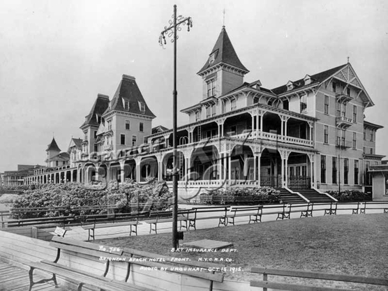 Front of Brighton Beach Hotel, 1915