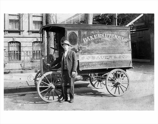 Hart Street - delivery wagon