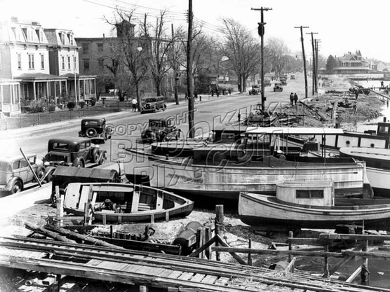 Looking east along the waterfront, 1935