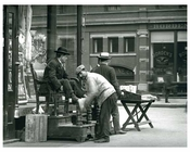 Shoe Shiners working at Washington Place & 6th Ave - Greenwich Village - Manhattan NYC 1913