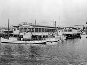 The original Lundy's on the water, 1931