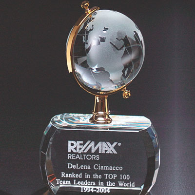 5-1/2 Inch Optical Crystal Spinning Globe on Base Award