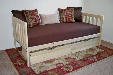 Twin Size Mission Daybed with Drawers