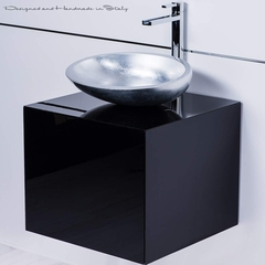 High End Chic Italian Bathroom Fixture Selection