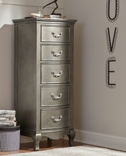 Pewter Kidwell Chest