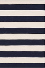 Catamaran Indoor/Outdoor Rug in Navy and Ivory