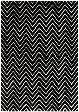 Chevron Rug in Black and White