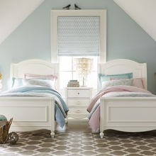 Harriette Chelsea Sleigh Bed