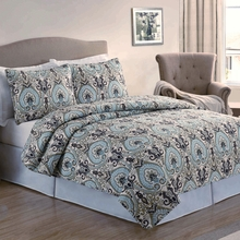 Paisley Quilt with Pillow Sham