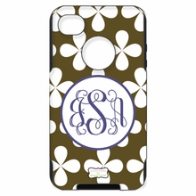 Personalized Otterbox Phone Case in Cloverleaf