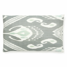 Raut Accent Pillow