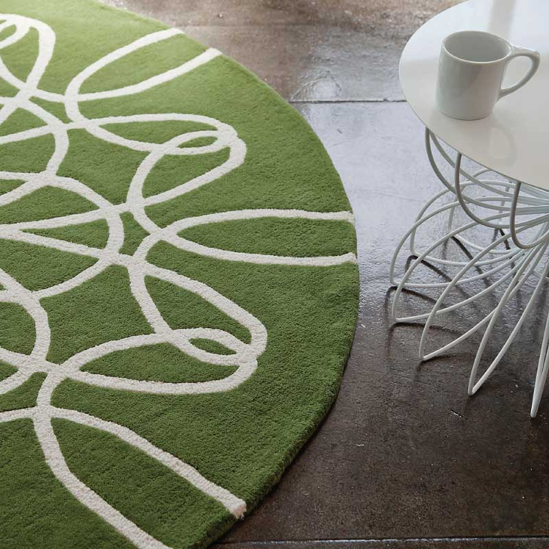Round Ribbon Rug in Green and White