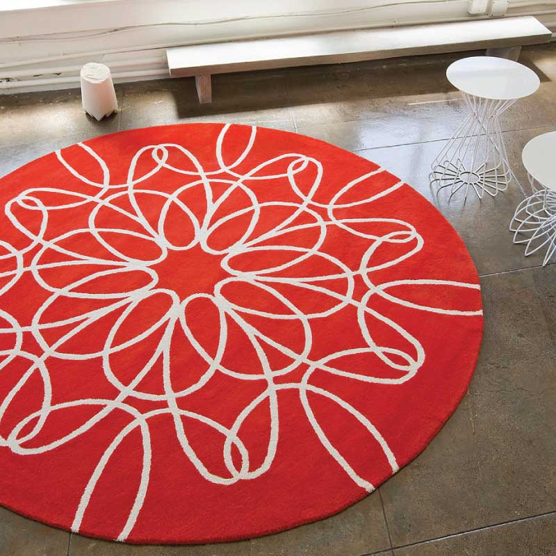 Round Ribbon Rug In Red And White