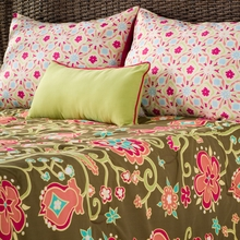 Suzi Q Comforter Bedding Set