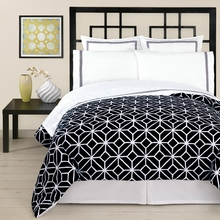 Trina Turk Palm Springs Sheet Set in Black