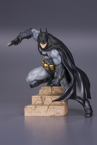 Arkham City Batman ARTFX+ Statue