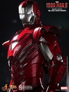 Iron Man Silver Centurion Mark 33 1:6 Scale Figure