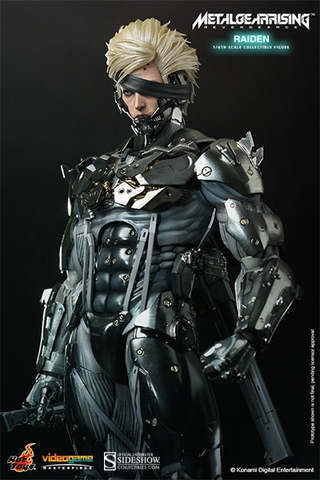 Metal Gear Rising: Revengeance Raiden 1/6 Scale Figure