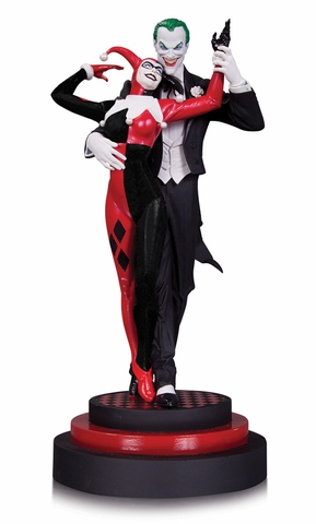 The Joker and Harley Quinn Statue