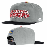 Golden State Warriors adidas Novelty Snapback Cap - Grey/Red