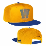 "Golden State Warriors adidas ""W"" Logo Flat Brim Snapback - Gold"