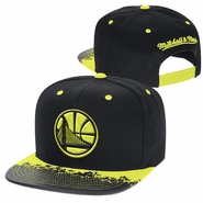 Golden State Warriors Mitchell & Ness Neon Lava Snapback � Black