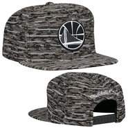 Golden State Warriors Mitchell & Ness Partial Logo Rugged Camo Snapback Hat -  Black/Grey