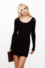 Fashion Show-lder Black Sweater Dress