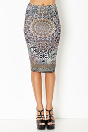 Medallion Melody Patterned Pencil Skirt