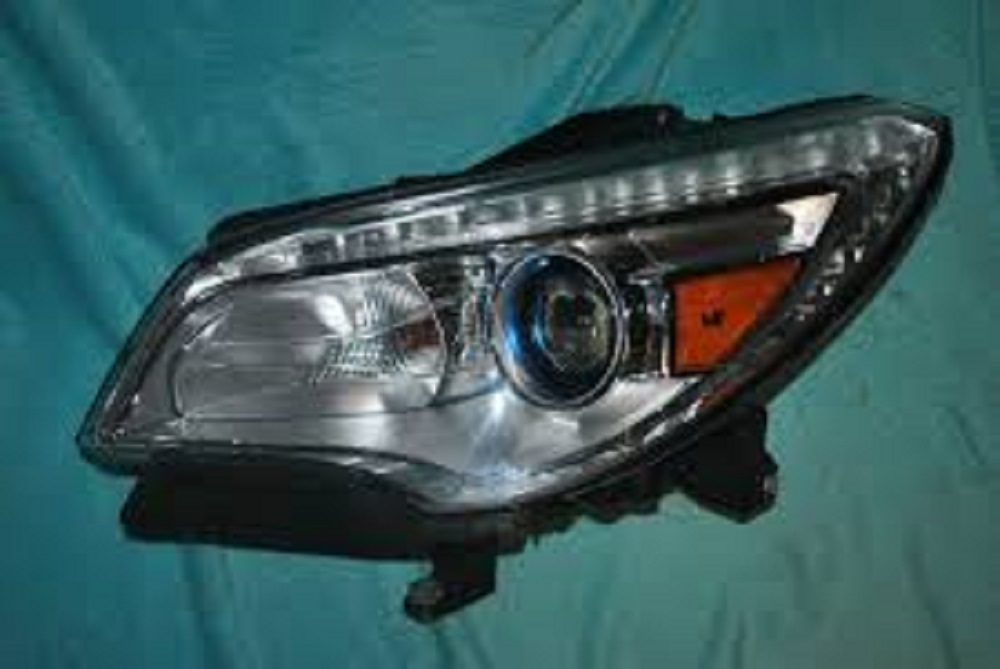 Buick Enclave 2008 Driver Side Headlight