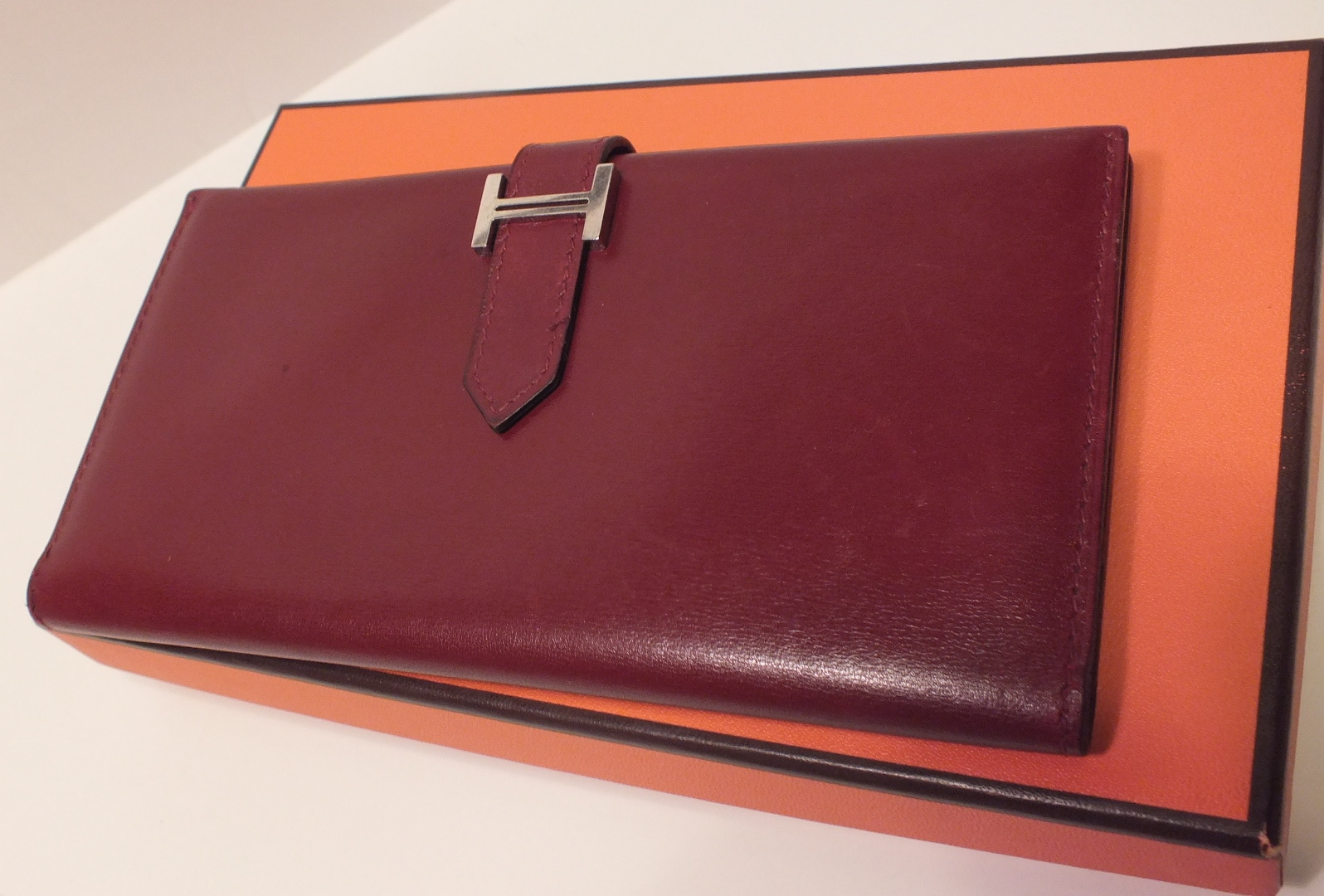 authentic hermes wallets