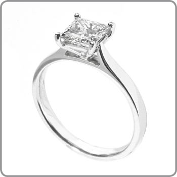 diamond gold solitaire in princess ring side with white en engagement diamonds and carat