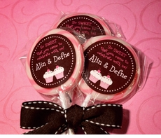 Chocolate Cupcakes Twin Girls<br>Personalized Lollipop Favors