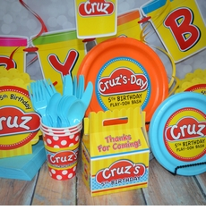 Ultimate Personalized Play-Doh Party Pack for 12