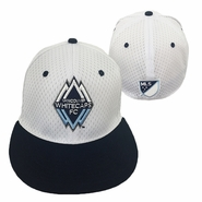 Vancouver Whitecaps FC adidas Primary Flat Brim Flex Fit Hat - White/Navy