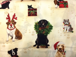 Robert Kaufman HOLIDAY CATS & DOGS (Ivory)