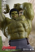 Hot Toys Avengers: Age of Ultron Deluxe Hulk 1/6 Scale Figure