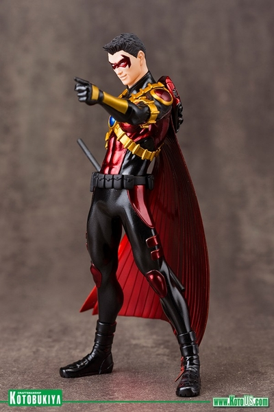 DC Comics New 52 Red Robin ARTFX+ Statue