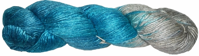 100g Mulberry QUEEN SILK 300 yrd Worsted Luxury Yarn Silver Blue